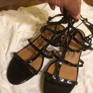Black sandals; glam up or down